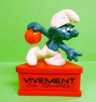 The Smurfs - Schleich - Bowling Smurf \'\'Vivement la Quille!\'\' (red base)