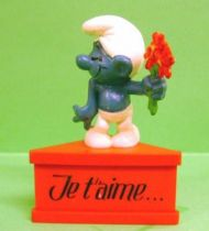 The Smurfs - Schleich - Falling in Love Smurf  \'\'I love you\'\' (red base)