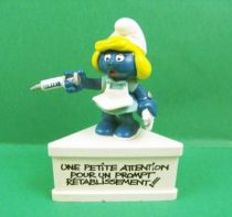 The Smurfs - Schleich - Nurse Smurfette \'\'Little attention for a quick recovery !!\'\' (white base)