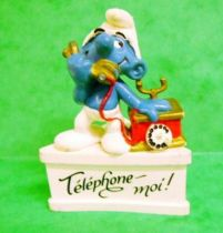 The Smurfs - Schleich - Smurf with phone \'\'Call-Me!\'\' (white base)