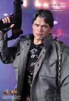 The Terminator - T-800 - Figurine 30cm Hot Toys MMS 136