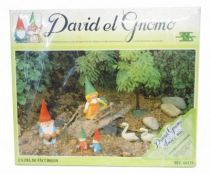 "The world of David the Gnome - PVC Figure - ""A journey\"" Gift Set"