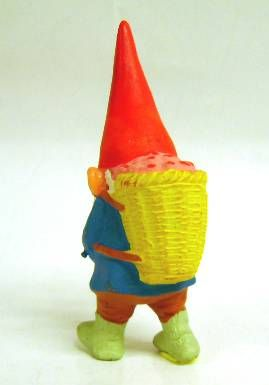 The world of David the Gnome - PVC Figure - David with a basket in back