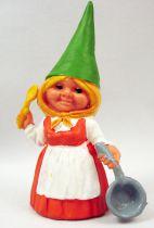 The world of David the Gnome - PVC Figure - Susan cooks (orange dress)