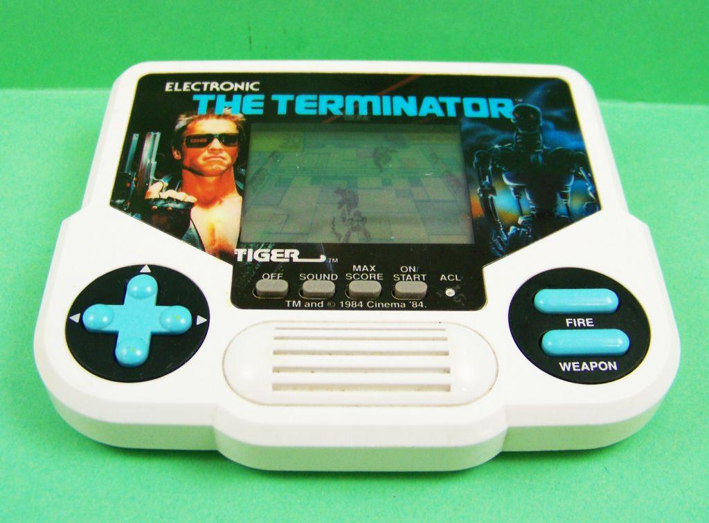 Tiger Electronic - Handheld Game - The Terminator