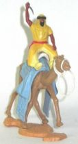 Timpo - Arabs on Camel - Variation yellow (scimitar) light yellow trousers & red belt bent leg camel white bridle