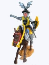 Timpo Middle-Age Great Helm Knight mounted yellow & black (black visor) dark brown galloping (short) horse (chainmail cloak)