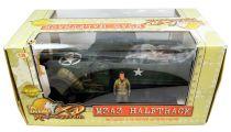 Ultimate Soldier XD - WWII U.S. M3A3 Halftrack (w/Driver)