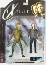 X-Files - McFarlane Toys - Agent Dana Scully & Alien