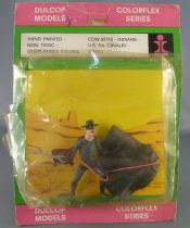 Zorro standing with sword in hand - Dulcop figure (mint on card)