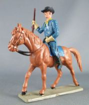 - Us Cavalry - Mounted brandishing rifle brown horse (ref CTB6)