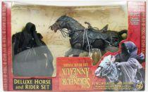 le_seigneur_des_anneaux___cavalier_noir_et_son_cheval___ttt