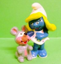 20410 Smurfette with mouse