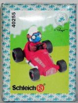 40255 Smurf with race car Mint in New Look Box