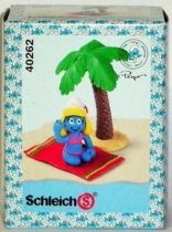 40262 Smurfette taking sun (Mint in New Look Box)