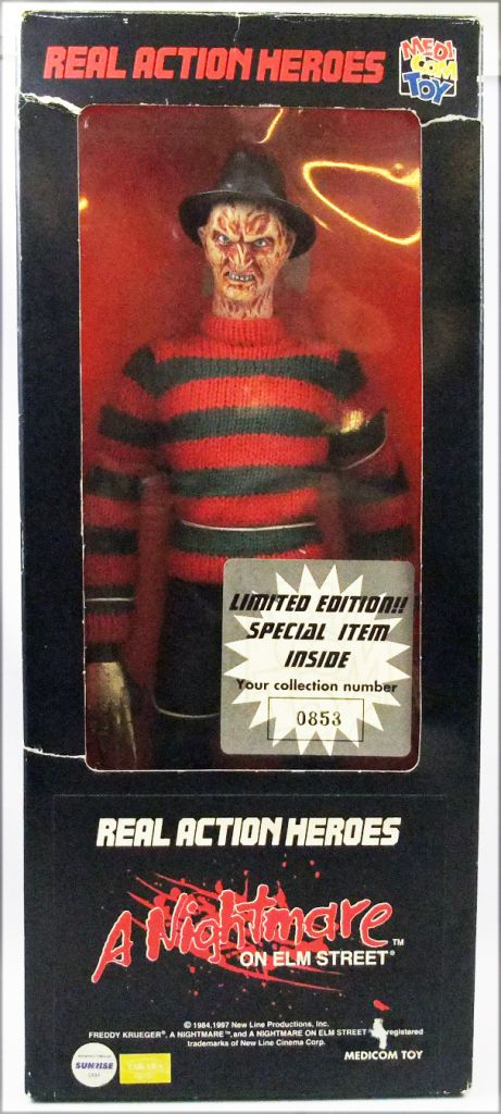 A Nightmare on Elm Street - Freddy Krueger - Medicom 12\'\' action figure