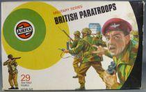 Airfix 51450-9 32° 2ème guerre Anglais Parachutistes Boite couleur 1973 3