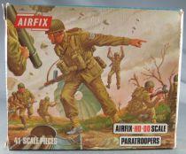 Airfix 72° S23 2ème G.M. Anglais Paras Boite Type 3 (Occasion)