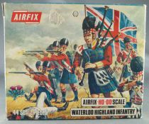 Airfix 72° S35  Waterloo Anglais Highlanders Infanterie Boite Type 3 (Occasion)