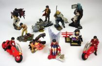 akira___kaiyodo___movic_capsule_toys___set_de_10_figurines