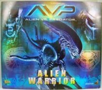 Alien vs. Predator (AVP) - Hot Toys - Alien Warrior 01