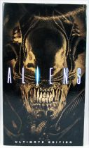 "Aliens - NECA - Xenomorph Warrior (brown) \""Ultimate Edition\"""