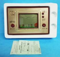 Altic - Handheld Game Play & Time - Eagle catch Chicken (Loose in Box)
