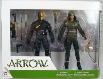 arrow___dc_collectibles___oliver_queen___deathstroke