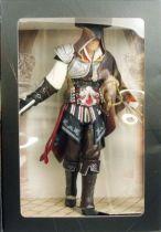 assassin_s_creed_ii___ezio_auditore_black_edition___statue_22cm_ubisoft_attakus