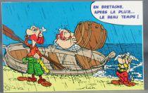 Asterix - Carte Postale Editions d\'Art Albert René Goscinny Uderzo 2002 - HM223 En Bretagne après la pluie...
