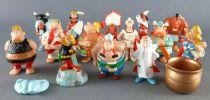 Asterix - Kinder Surprise (Ferrero) 1997 - Figurine Premium - Série de 14 figurines 17 Pièces Asterix & les Indiens
