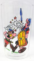 Asterix - Mustard glass Amora 1968 - Asterix punching Roman soldier