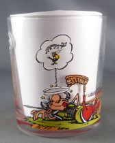 Asterix - Nutella Glass 1995  - Astérix Obelix laughing & a roman laying ko