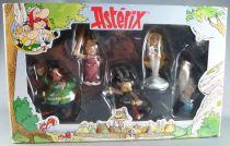 Asterix - Plastoy - Figurine PVC Coffret de 5 - Asterix glaive à la main Abraracourcix Panoramix Bonnemine Falbala