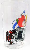 Asterix - Verre Amora 1968 - Asterix et Obelix au bureau d\'accueil
