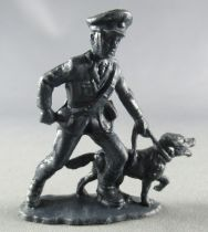 Atlantic 1:32 Modern Army 8003 Carabinieri Policeman with Dog