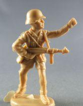 Atlantic 1:32 WW2 2108 German Afrika Korps Machine Gun Strapped & Continental Helmet