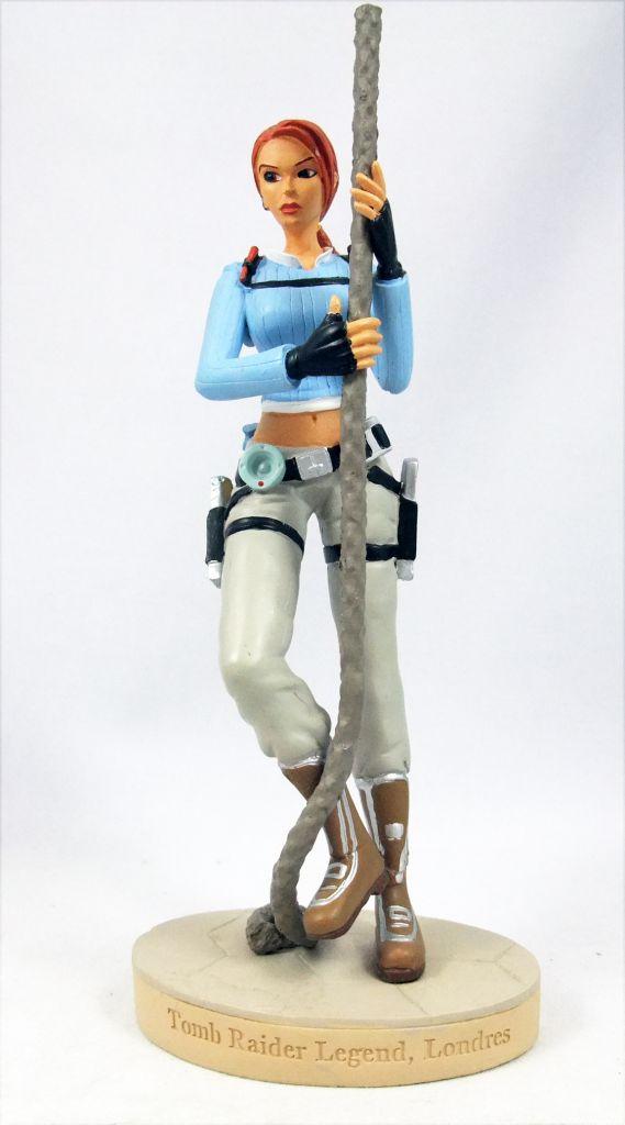 Atlas - Tomb Raider - 5\'\' statue - Lara Croft - Tomb Raider Legend, London