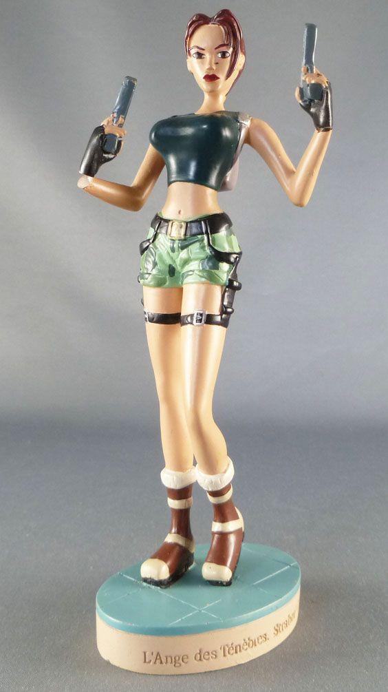 Atlas - Tomb Raider - 5\'\' statue - Lara Croft the Angel of Darkness, Strahov Complex