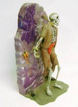 Aurora - Figure Model Kit #453 - The Forgotten Prisoner