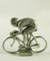 Avespace - Metal cyclists Sprinter to paint 1:50