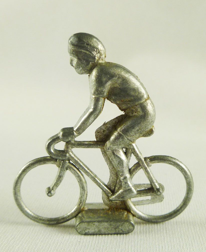 Avespace - Metal cyclists to paint 1:50