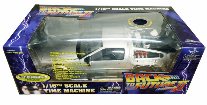 Back to the Future Part.II - Diamond Select Toys Delorean 1/15 Scale Time Machine (Light & Sound Effects) - Limited Edition