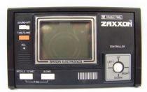 bandai_electronics___handheld_lcd_game___zaxxon__double_panel__06