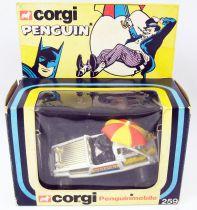 Batman - Corgi Ref.259 - Penguinmobile (neuve en boite)