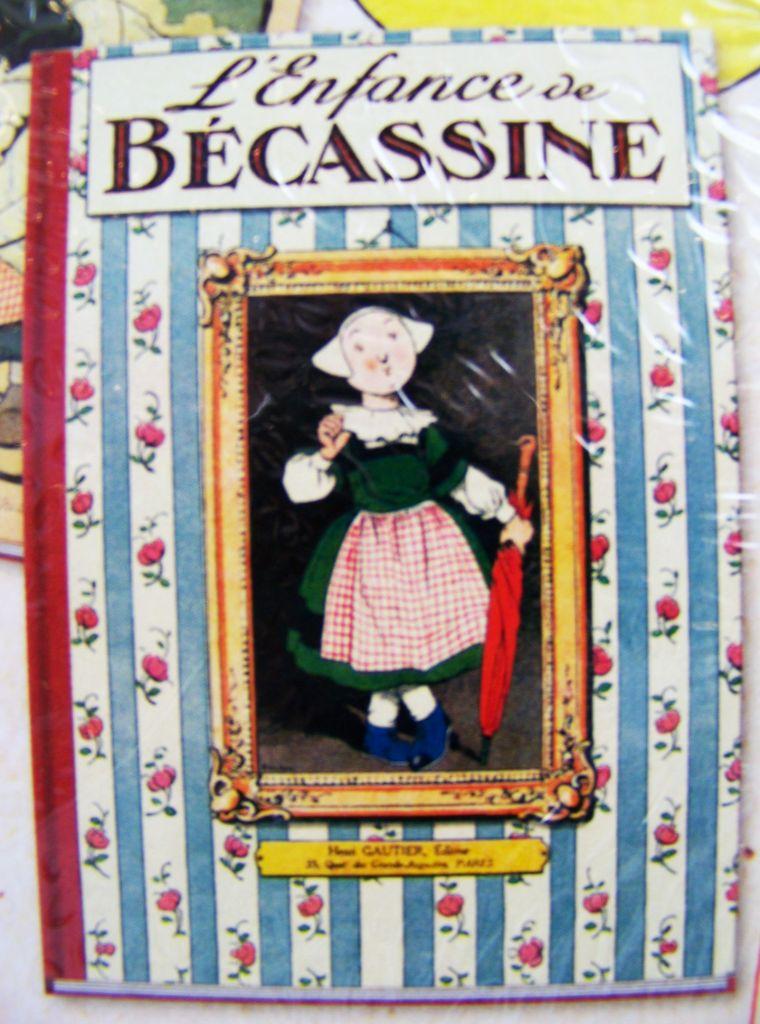 """Bécassine - Gautier-Languereau Hachette - Poupée 20cm (Porcelaine & Tissus) Flexible et Livre \""""L\'Enfance de Bécassine\"""""""