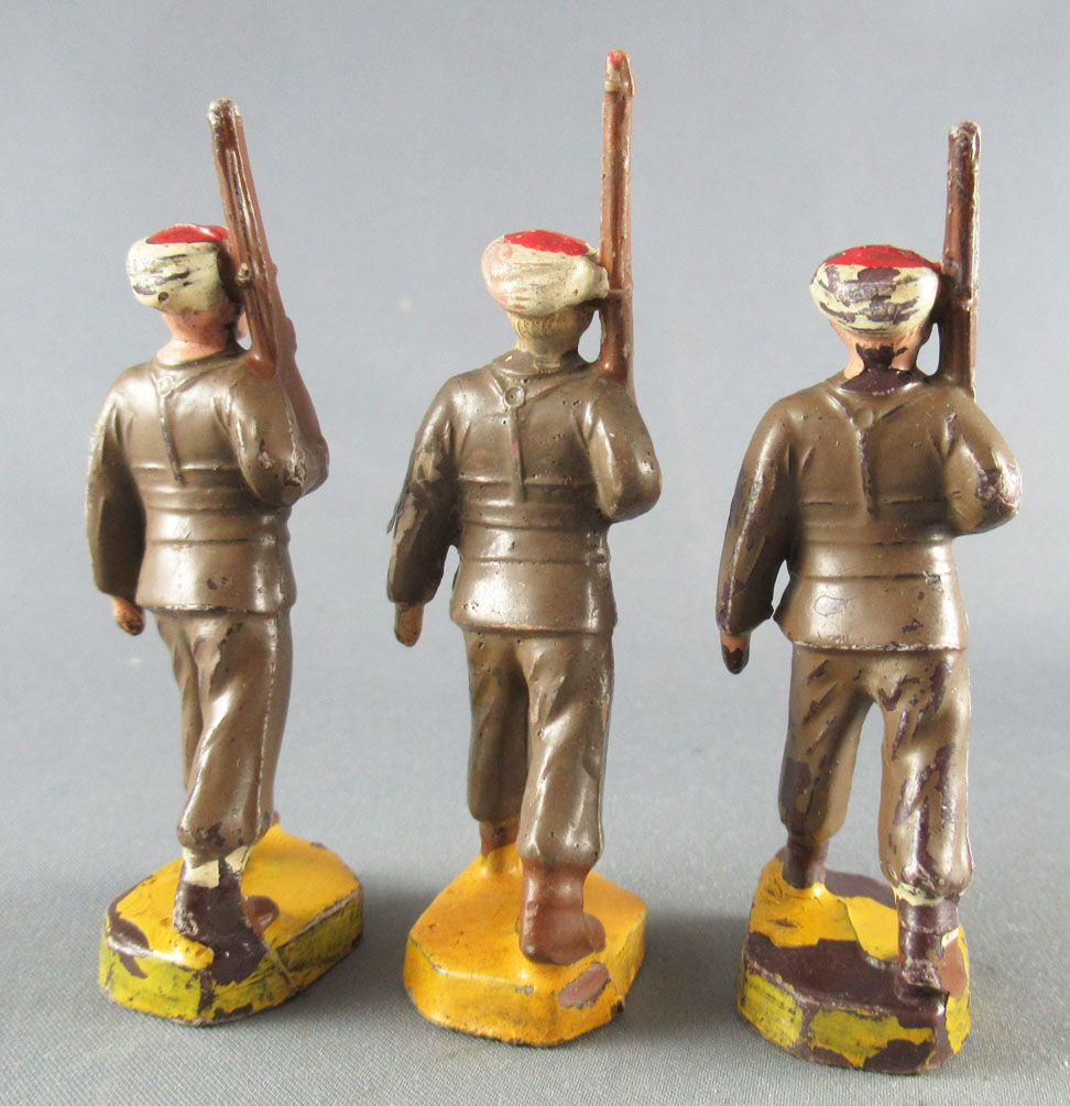 Beffoid - French Colonial Army - Enlisted Infantry Khaki Dress Marching Rifle Shoulder