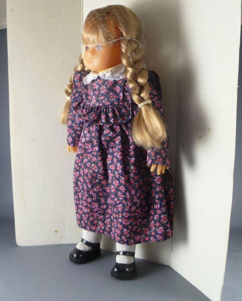 Bella- 35 cm Doll - Sonia 1980 Mint in Box
