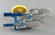 Britains - The Farm - Implement Blue Three- Furrow Plough (ref 9546)