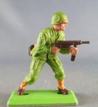 Britains Deetail - WW2 - Américain - Avançant les 2 mains sur mitraillette